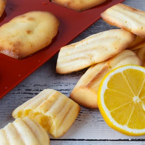 Lemon Madeleines του Chef Στράτου Ιωσηφέλλη